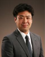 委員長:河井 茂